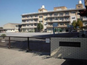 東本郷小学校