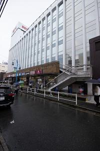 西友大船店1800m