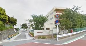 上山小学校