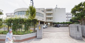 六浦中学校