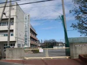 山王台小学校